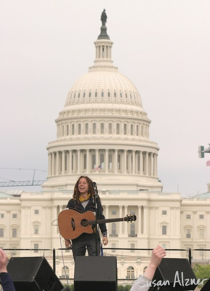 Ani DiFranco performs at the March for Women's Lives in Washington, DC